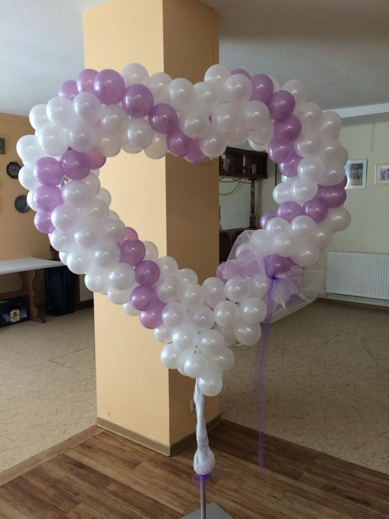 Großes Ballon-Standherz,Spirale flieder/weiß gedreht ab 130€