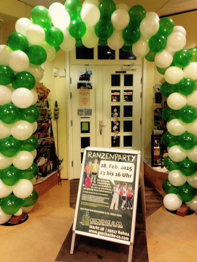Ballonbogen, zweifarbig 5m , ab 150€, z.B. für Events wie Eröffnung und Firmenjubiläum