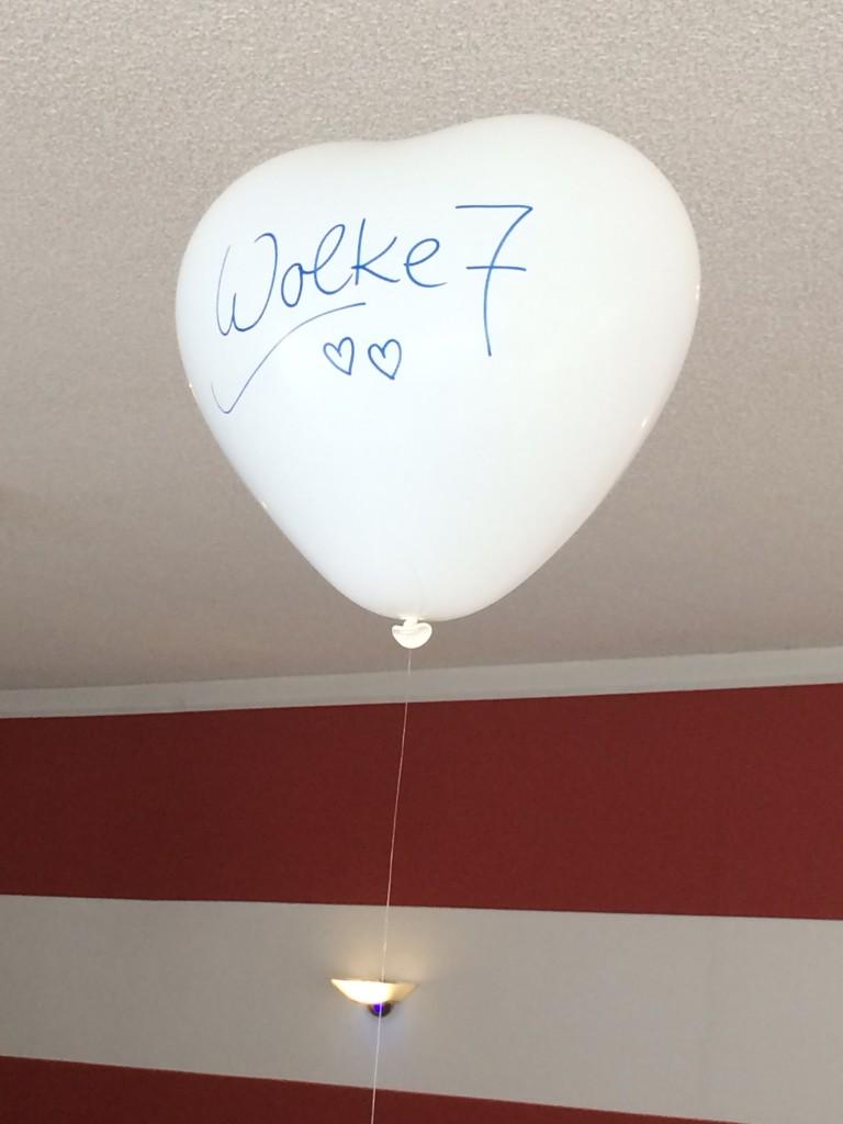 """Helium- Latexballon """"Herz"""" in weiß mit individueller Aufschrift Stück 3,50€, Staffelpreise ab 20 Stück, auf Anfrage"""
